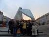 Część Uczestników szkolenia na tle fontanny na Pl. Wolności